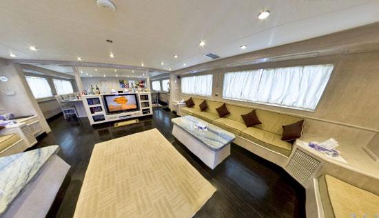 дайвинг сафари лодка M/Y Aldebaran салон