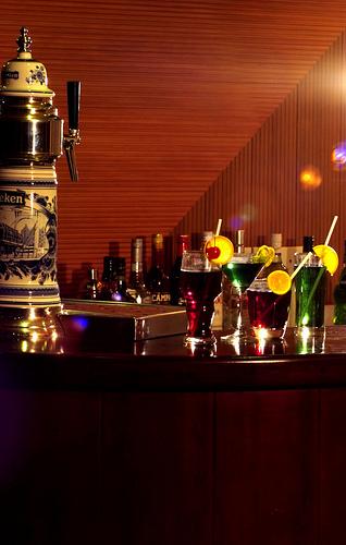 дайв сафари мальдивы, Ark Royal бар