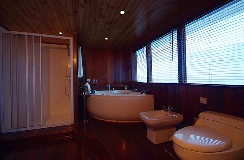 Дайв сафари Ark Royal ванна сьют