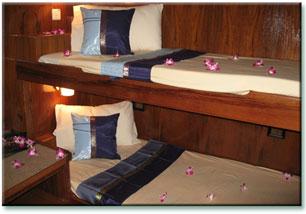 Таиланд дайвинг сафари яхта M/V M/V Black Manta каюта с двухярусными кроватями