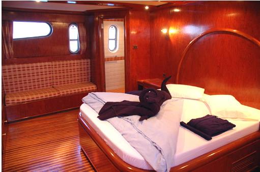 Египет дайвинг сафари яхта M/Y Blue Fin каюта с двухместной кроватью