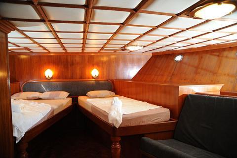 Мальдивы дайвинг сафари яхта M/Y Carina каюта