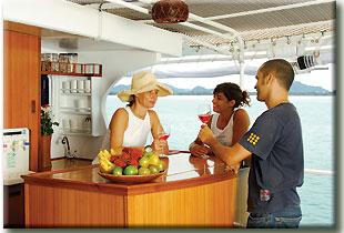 Таиланд дайвинг сафари яхта M/Y Giamini бар