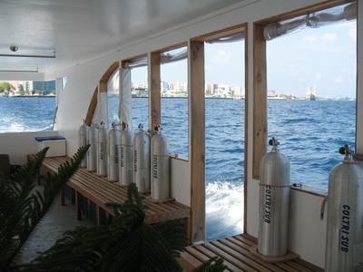 дайвинг сафари Мальдивы Mozaique Дони вспомогательная лодка