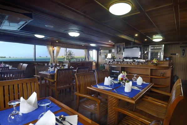 дайвинг сафари Индонезия дайвинг сафари остров Комодо яхта индонезия Sea Safari VI
