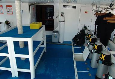 Красное море Судан дайвинг сафари яхта M/Y Royal Evolution dive deck