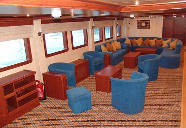 Красное море Судан дайвинг сафари яхта M/Y Royal Evolution кают-компания