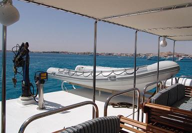 Красное море Судан дайвинг сафари яхта M/Y Royal Evolution зодиак