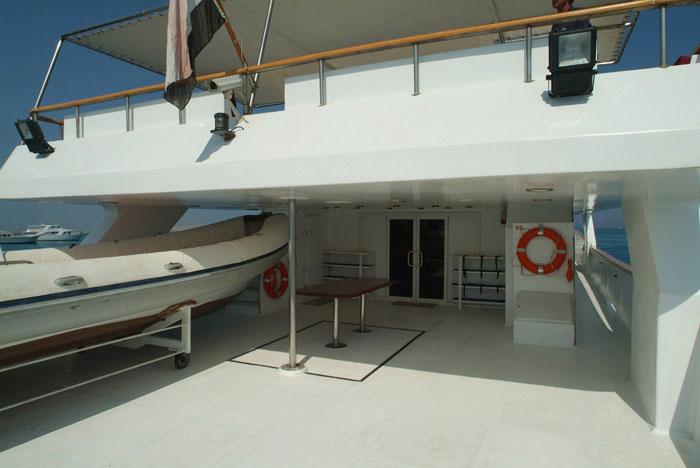 Красное море Судан дайвинг сафари яхта M/Y Sherazade main deck