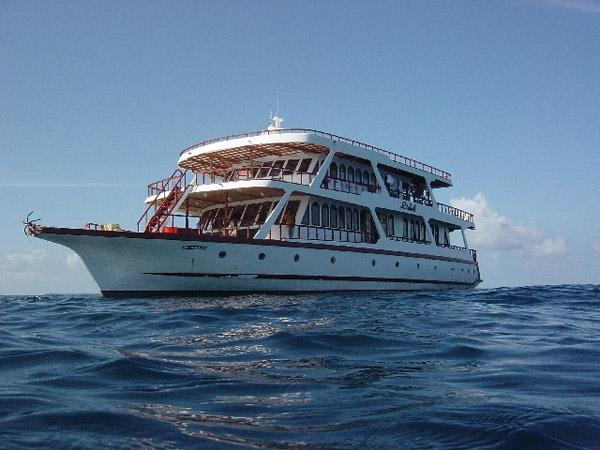 Мальдивы дайвинг сафари яхта M/Y Soleil
