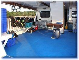Таиланд дайвинг сафари яхта M/V White Manta dive deck